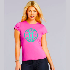 Dames fitted logo t shirt roze